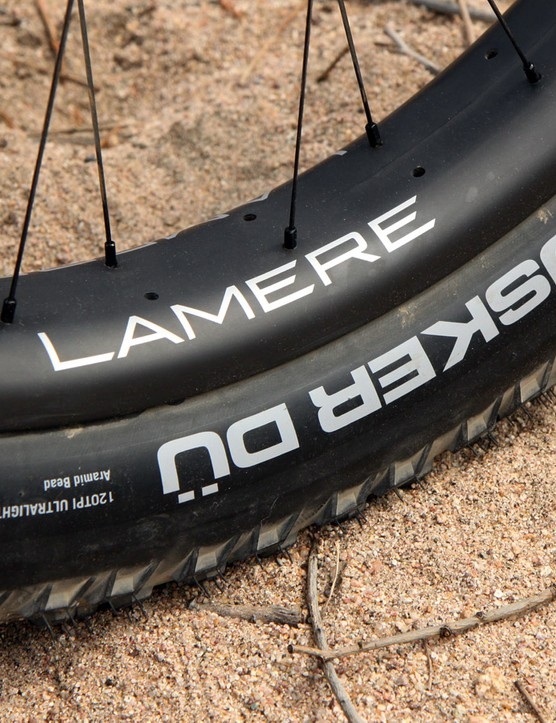 45NRTH Hüsker Dü tires are mounted up tubeless on carbon fiber LaMere rims