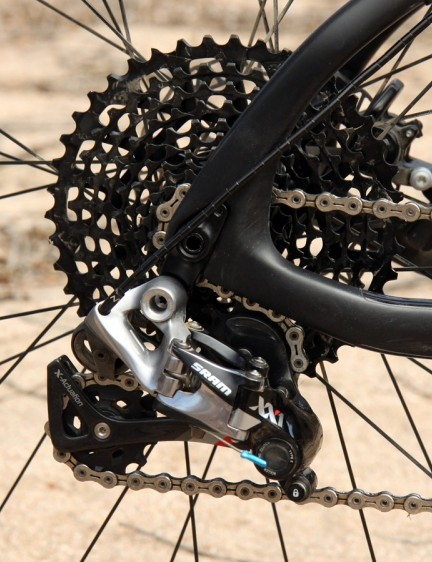 SRAM's XX1 1x11 drivetrain was another obvious choice for this project. The X01 cassette weighs the same as the XX1 version but the sleek black finish is better suited to the rest of the build