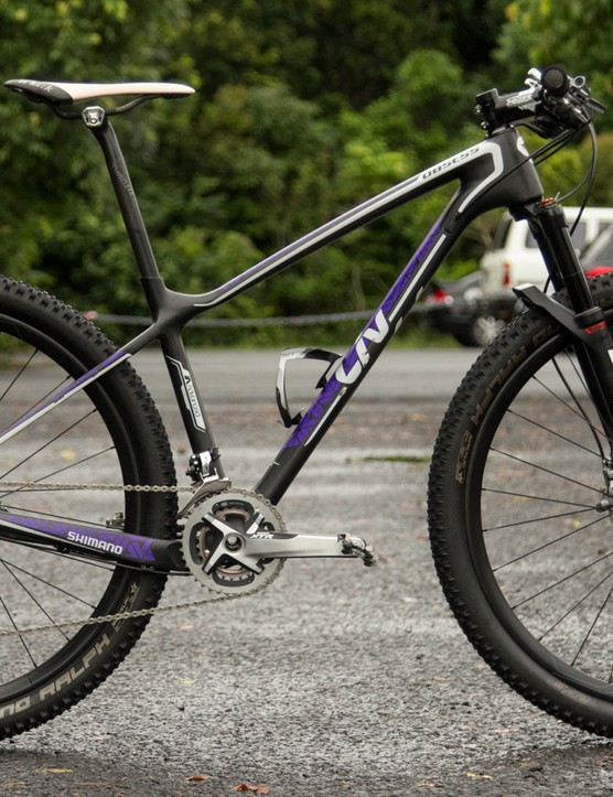 Jolanda Neff's Liv/Giant Obsess Advanced 27.5