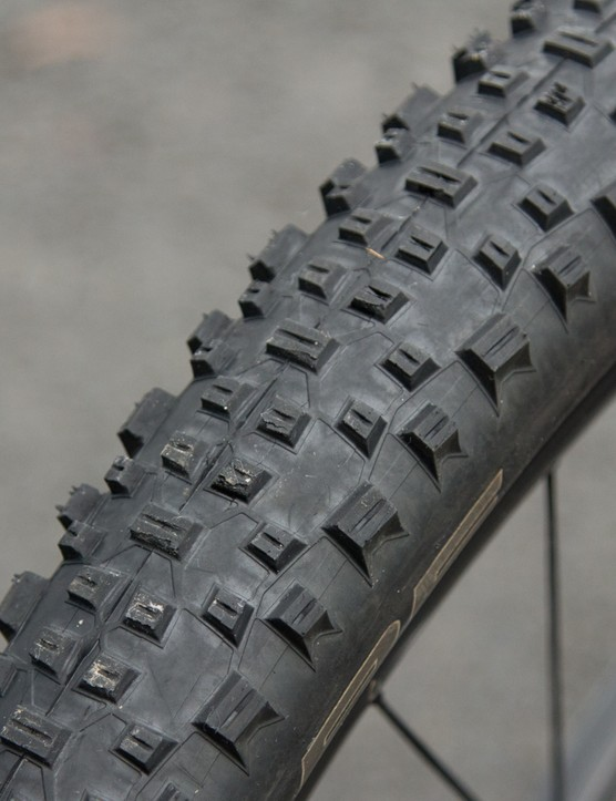 Setup tubeless are these Schwalbe Racing Ralph Evolution's in 2.25in width