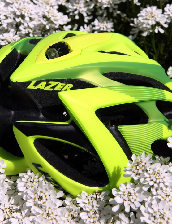 The styling on the Lazer Rox mimics that of the company's higher-end models, but it's only offered in one shell size to help keep costs down