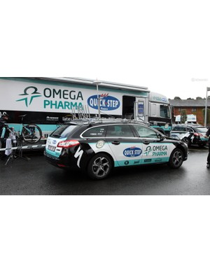 Omega Pharma-Quick-Step uses Peugeot 508 SW wagons. Note the television antenna up top