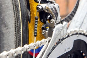 Gore Ride-On sealed cables and housing help maintain shifting performance in foul weather