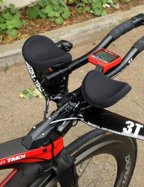 Brent Bookwalter (BMC) uses 3T Brezza II Team aerobars on his BMC TimeMachine TM01