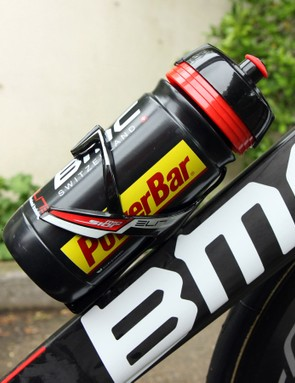 A single Elite Sior Mio bottle cage sits on the down tube