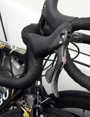Europcar rider Maxime Mederel's bike had new cranks and derailleurs on it but what looked to be current-generation Campagnolo Record Ergopower levers