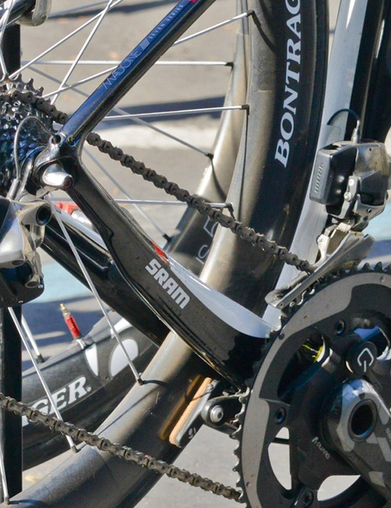 Despite appearances, we have strong evidence to support the notion the visible wiring is all fake. Patent documentation suggests that each shifter and derailleur communicate via paired wireless signals