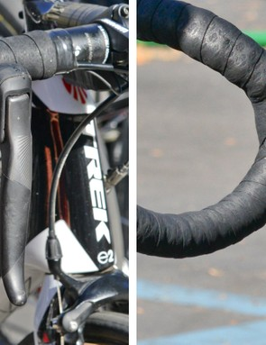 The levers are similar in appearance to current SRAM DoubleTap mechanical shifters but operate in a completely different fashion. Push the left-hand paddle to downshift rear cogs and the right-hand one to upshift. Pushing both together toggles the front derailleur between the inner and outer chainrings