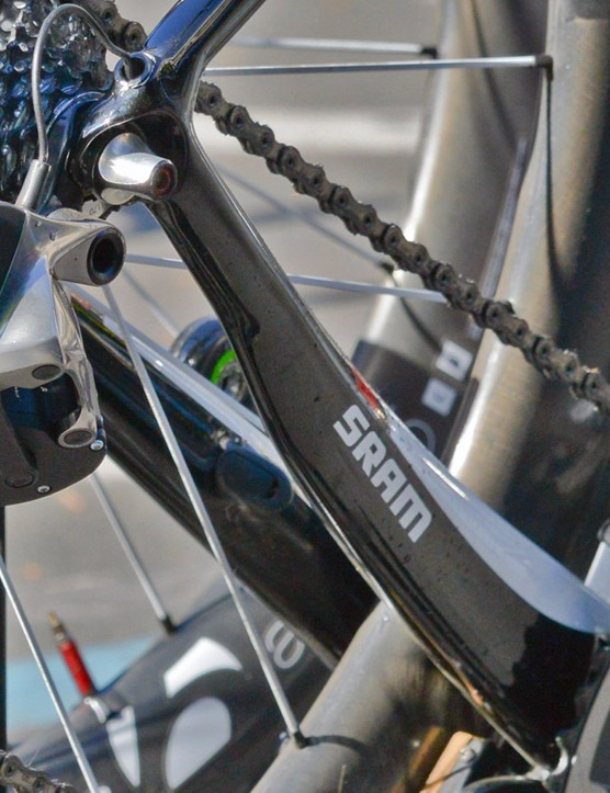 Look carefully at the box on the very back of the rear derailleur and then notice how it's identical to the one on the front derailleur. You'll also see small flip-up latches atop each one, suggesting that both boxes are rechargeable batteries that are easily removable. The box on the lower rear derailleur knuckle houses other electronics such as the motor and 'brain'. Similar hardware is tucked further inside the front derailleur