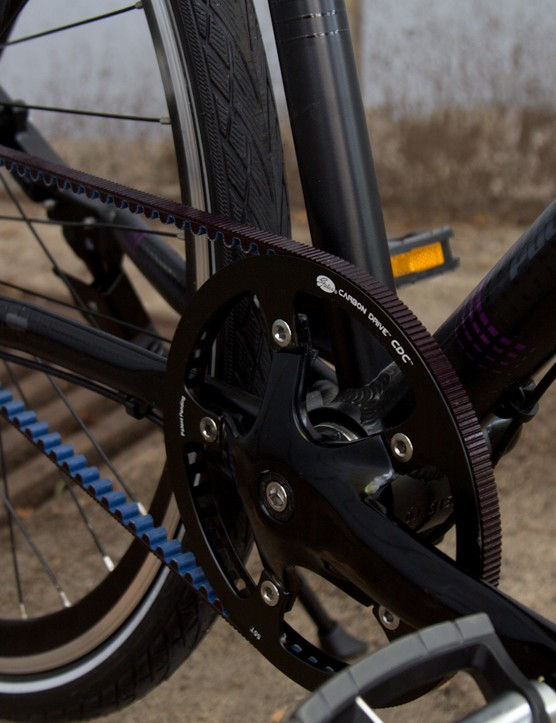 The belt drive and internal geared hub really clean up the bike and ensure you can ride safe (and clean) in long pants