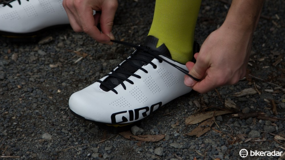 While the laces of the Giro Empire shoes allow for a more customisable fit, they are inconvenient for quick adjustments