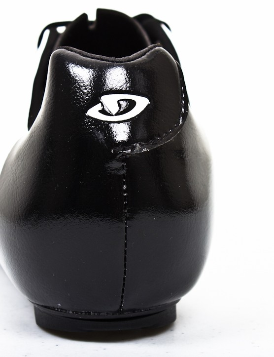 A deep heel cup prevents your foot from slipping out the shoe and means you don't need to reef on those laces