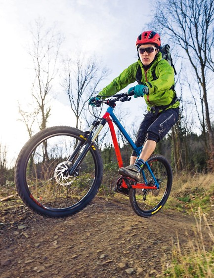The steel frame offers plenty of natural damping when surfaces get rougher