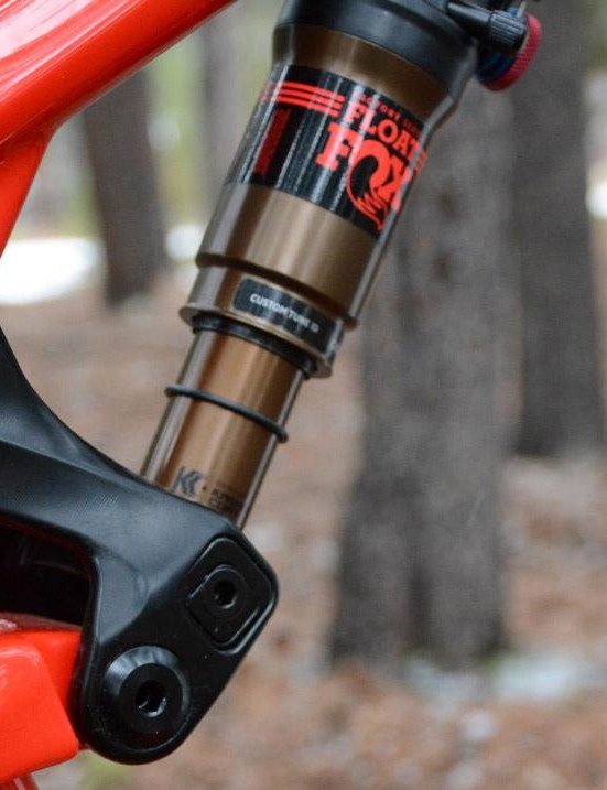 Check out the smooth lines on the frame and link. The lower shock mount houses Rocky Mountain's Ride-9 adjustable geometry