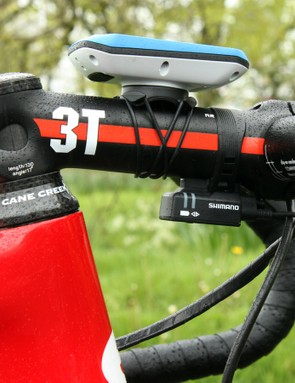 The -17-degree stem offers a lower handlebar position than would have been possible with a typical -6-degree one, even with a short headset cover installed