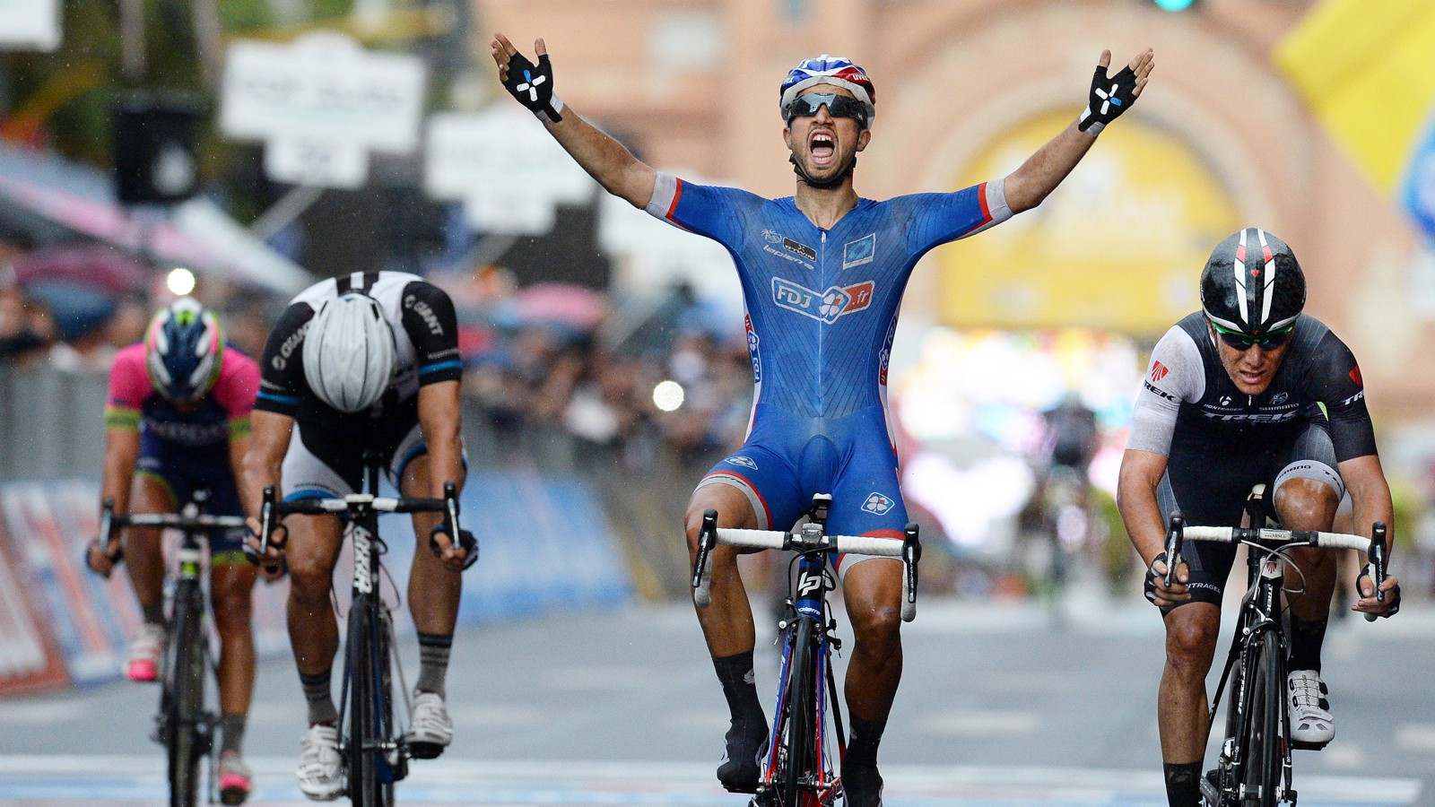 Nacer Bouhanni won stage 4 of the 2014 Giro d'Italia