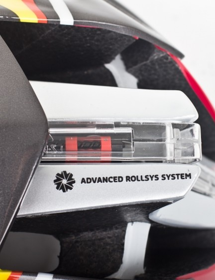 The new Advance Rollsys retention system takes care of the adjustment