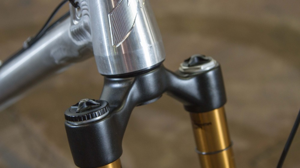 Chris designed the frame with a super-slack 63 degree head angle. Dropping the bottom bracket knocked it down to 62 degrees, but he decided that was just too slack and used a Cane Creek Angleset adjustable headset to get back to the original angle
