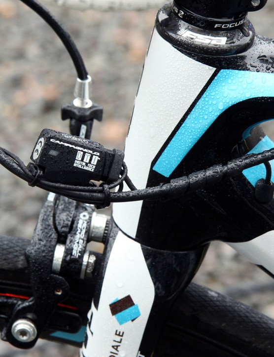 Tidy wire routing by the Ag2r-La Mondiale team mechanics
