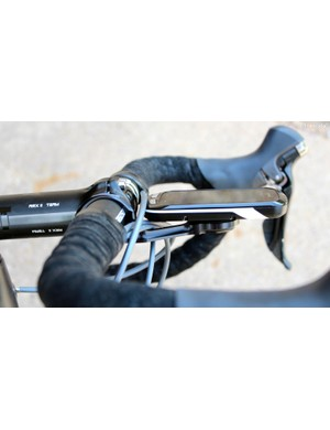 Unlike the stock plastic Garmin mount that puts the Edge 1000 above the stem, the K-Edge mount puts it flush, inline with the stem