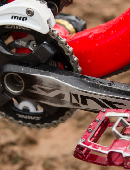 Brook MacDonald switches between flat pedals and clipless depending on conditions. He was clipped in at Cairns, with these Crank Brothers Mallet Race DH pedals