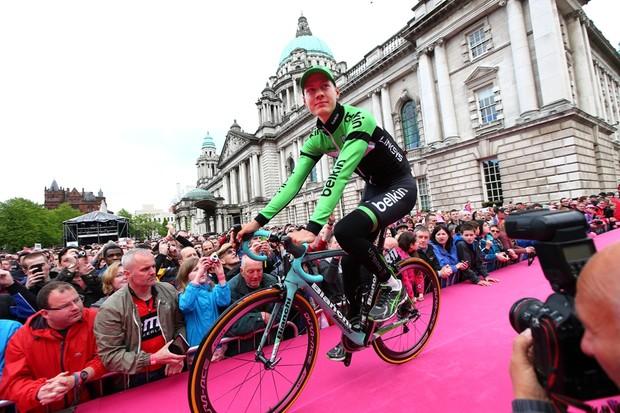 Wilco Kelderman riding his Bianchi in Belfast