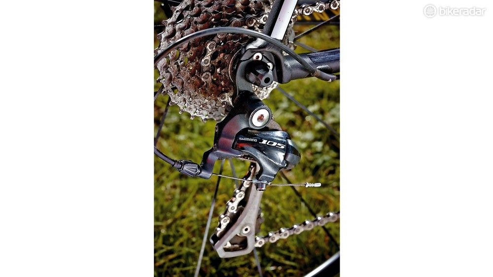 The Canyon has a 105 groupset  with no cost-cutting anywhere