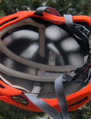 While the Aerocore liner is nearly all air, the channels aren't oriented in the direction of incoming air. Heat can easily escape from underneath the helmet but there's nowhere for air to flow through