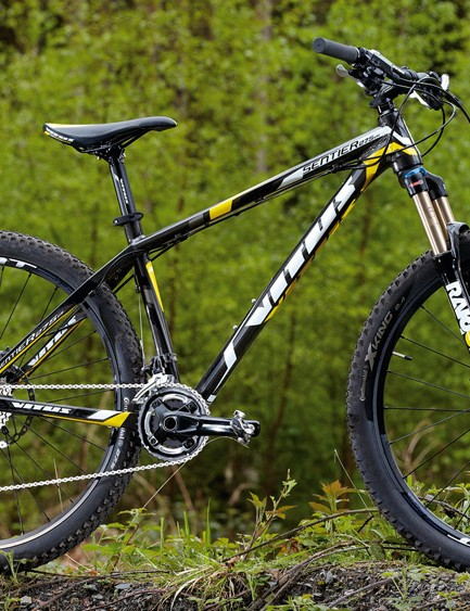 The Vitus Sentier 275VR's great handling and good Suntour fork make for lots of trail playtime