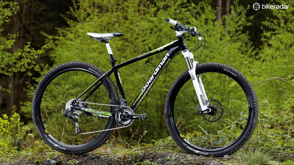 a235c4ba72f The Boardman Team 29er is a well-finished machine (with the exception of  those