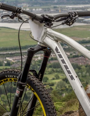 The Sommet is Vitus' enduro specialist, with a longer front centre and more aggressive angles when compared to the Escarpe