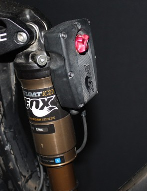 Shimano XTR Di2 has been designed to integrate with Fox's electric iCD suspension adjustment system