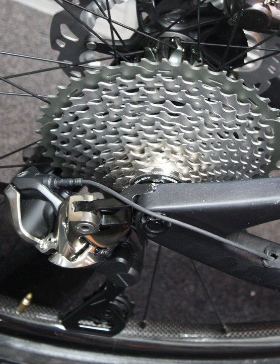 Shimano's CS-M9000 11-speed cassette is identical to the mechanical component