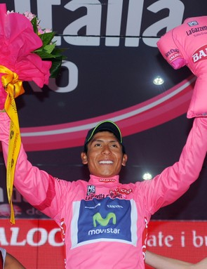Can the climber Quintana hold the leader's jersey for four more days?