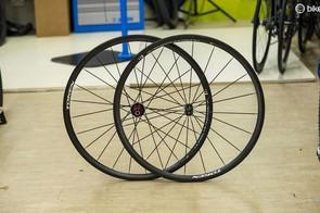 Token C28 carbon clincher wheels