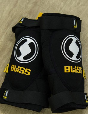 Bliss Protection knee pads