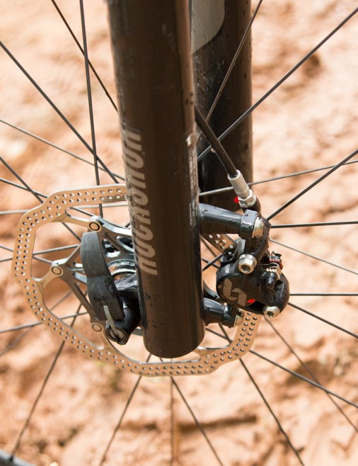 Standard quick release on the front saves a little weight and makes for a slightly faster wheel change. Either way, Hermida's new RS-1 fork certainly has a thru-axle