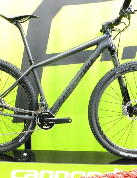 Shimano's new Di2 XTR mounted on the Cannondale F-SI Black Inc, one of the first to appear with the groupset (crank excepted)