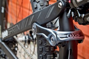 Devinci Spartan has an alloy frame with carbon seatstays