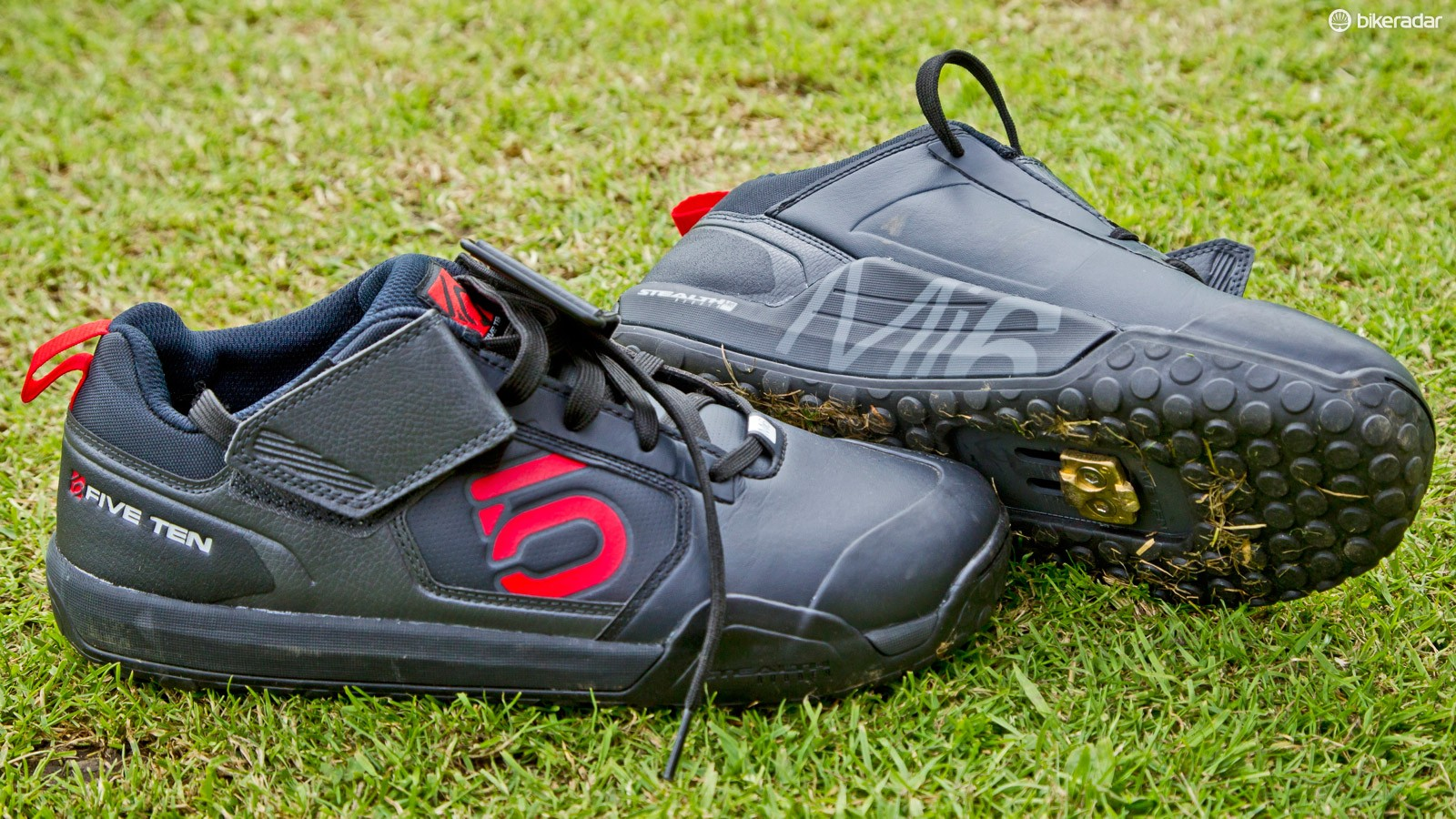 Five Ten SPD shoe: Cedric Gracia was rocking some brand new Five Ten Impact VXi Clipless shoes, and they are very light indeed