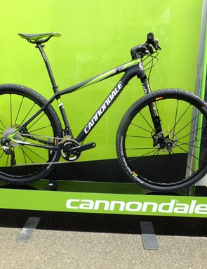 The Carbon 1 version comes with the off-set Mavic Crossmax SL wheels and a largely Shimano XT build