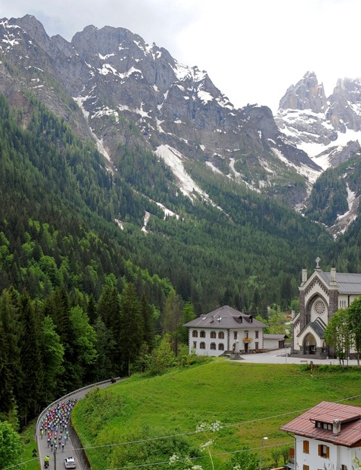 The craggy Dolomites provided a thrilling finale to the action on stage 18