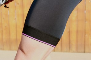 The compression bands do their job well without pinching or binding