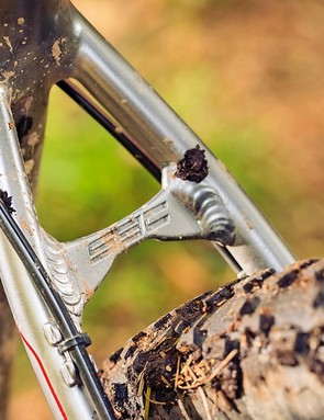 Using a 650b rear wheel means sharp handling while keeping good clearance