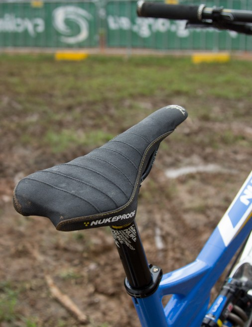 The Nukeproof Sam Hill Signature SCRUB saddle features a grippy pleating on the top cover