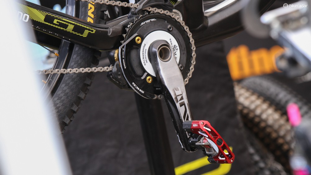 Gee Atherton is using an SRM power meter on a Saint crank. Having won round two in Cairns and taking the win at Fort William in 2013 he's surely the favorite