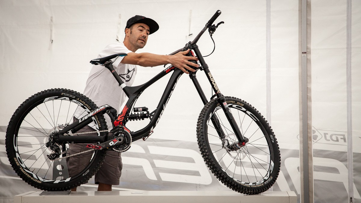 10-time world champion and all-around mountain bike legend Nicolas Vouilloz played a pivotal role in its design
