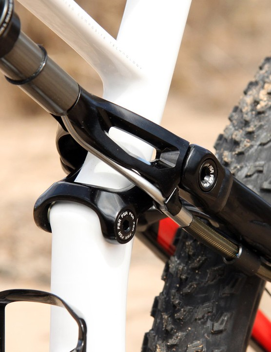 The reservoir hose routing for the Brain rear shock is very well executed