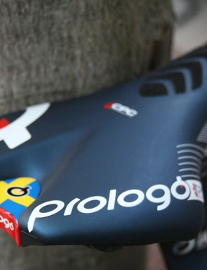 A custom touch – the Swedish flag – on Larsson's Prologo saddle