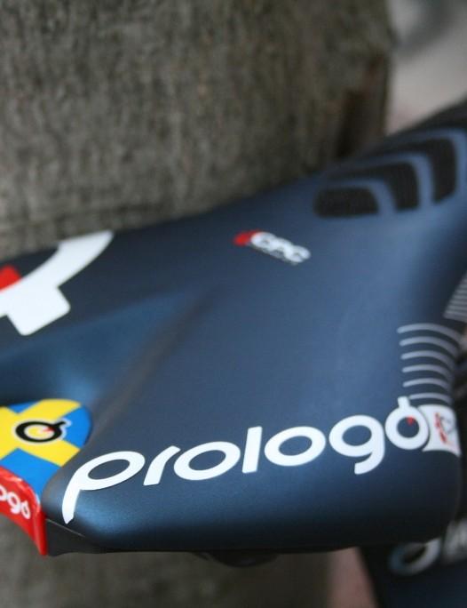 A custom touch – the Swedish flag – on Larsson's Prologo saddle